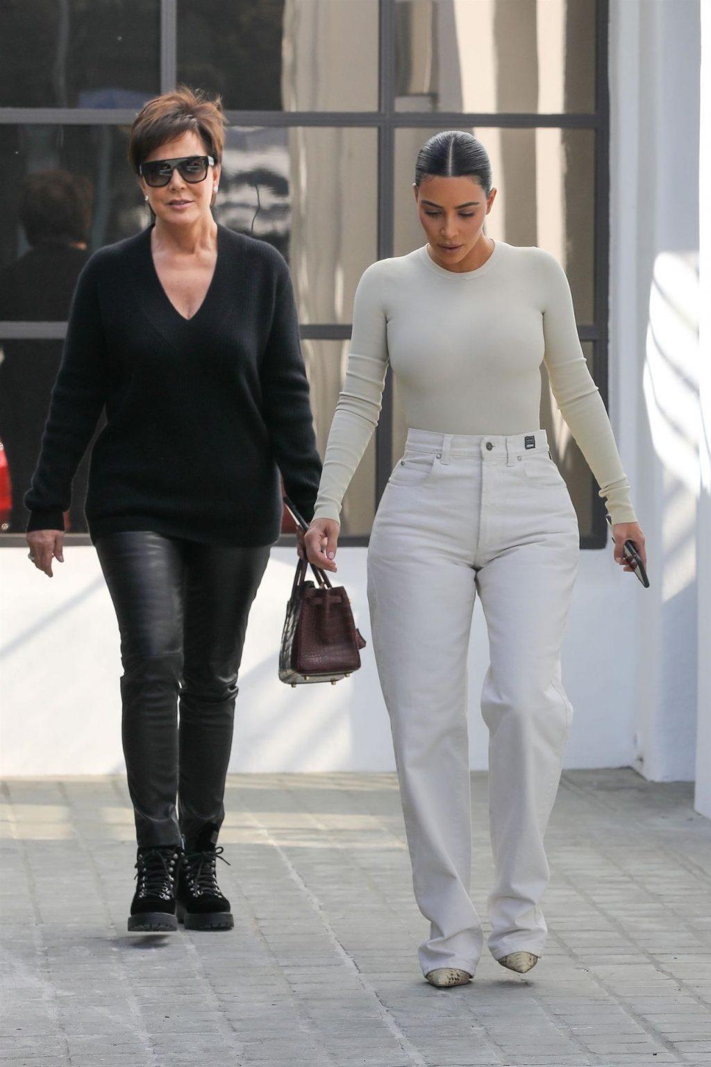 Kim Kardashian Sexy (18 Hot Photos)