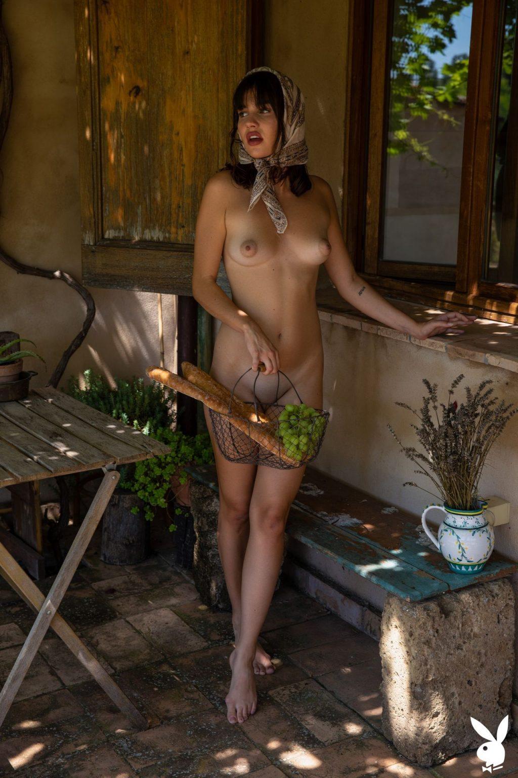 Laura Devushcat Nude – Countryside Escape (34 Photos + GIFs & Video)