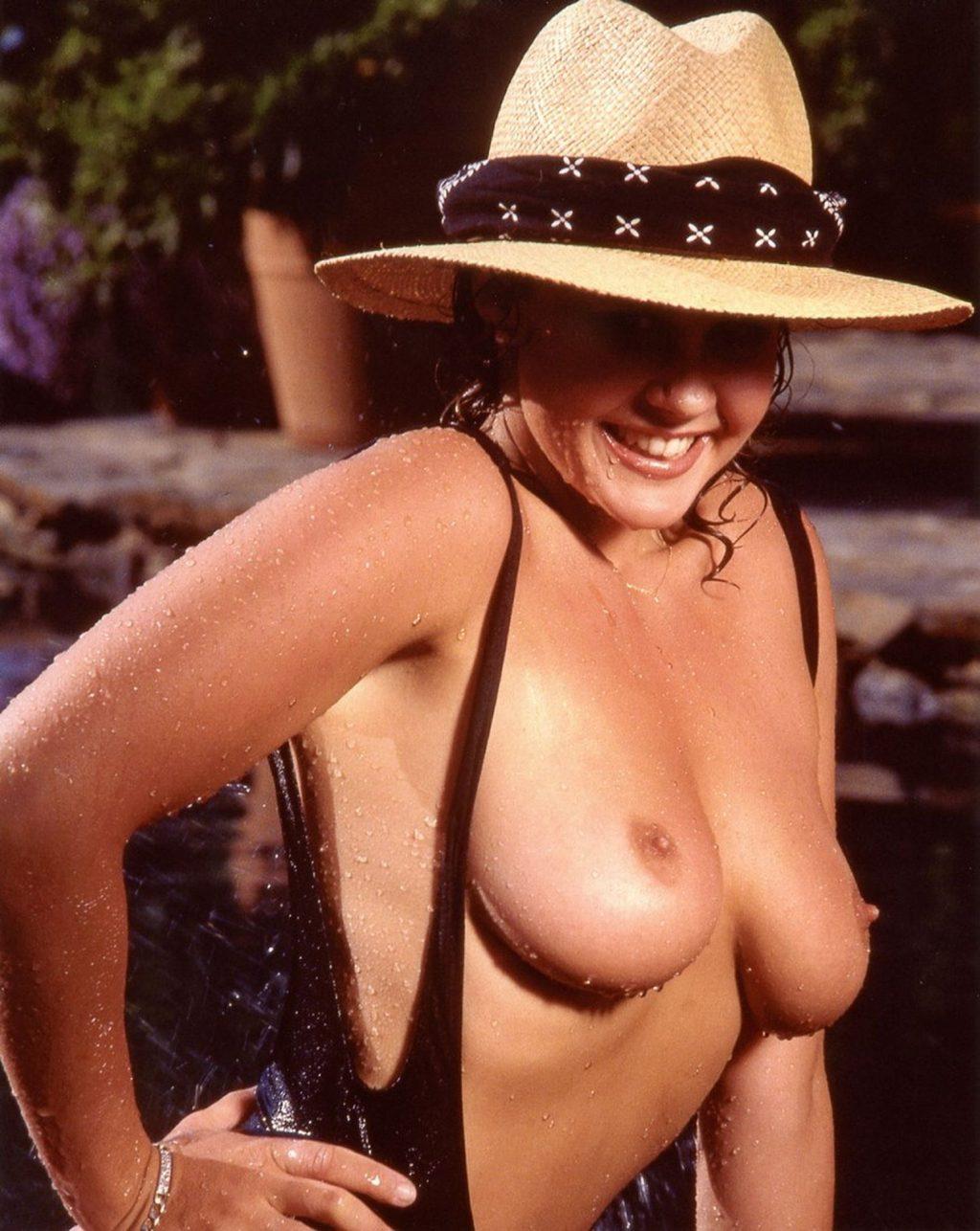 Linda Blair Nude Ultimate Collection (52 Photos + GIFs & Videos)