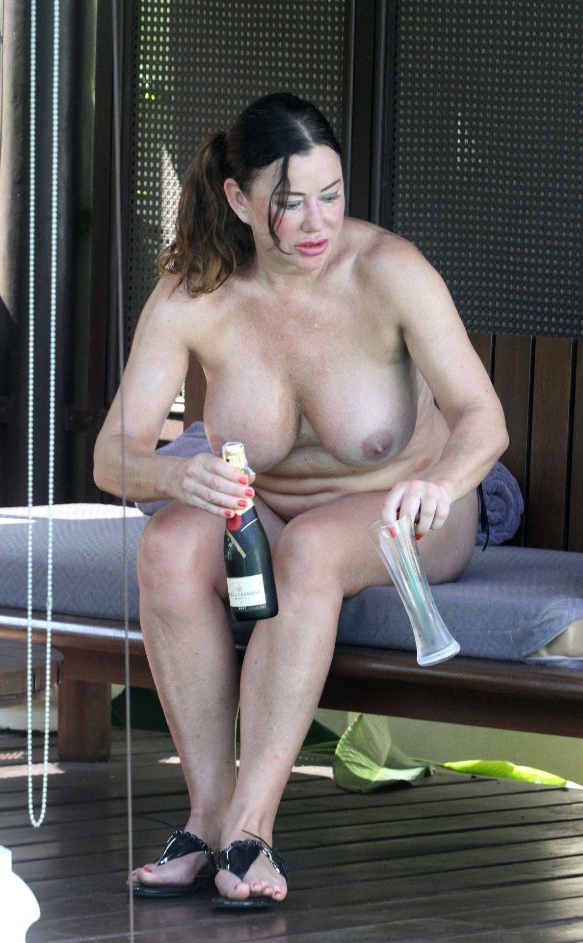 Appleton nude lisa Lisa Appleton