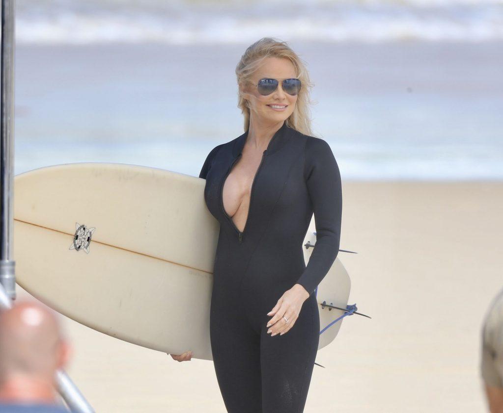 Pamela Anderson Sexy (53 Photos)