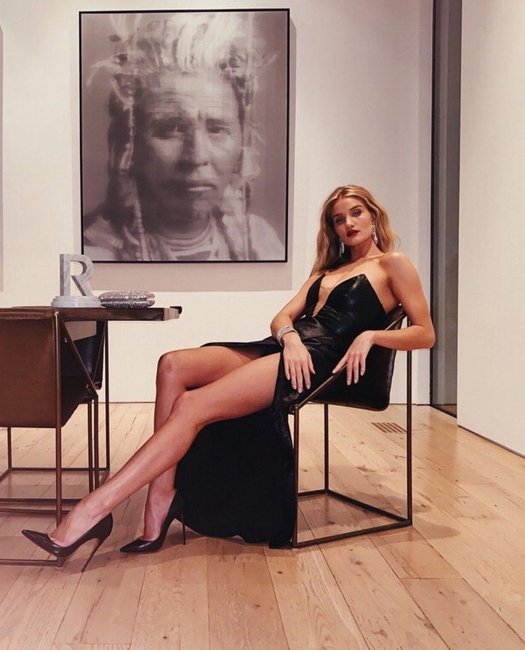 Rosie Huntington-Whiteley Sexy (49 Photos)