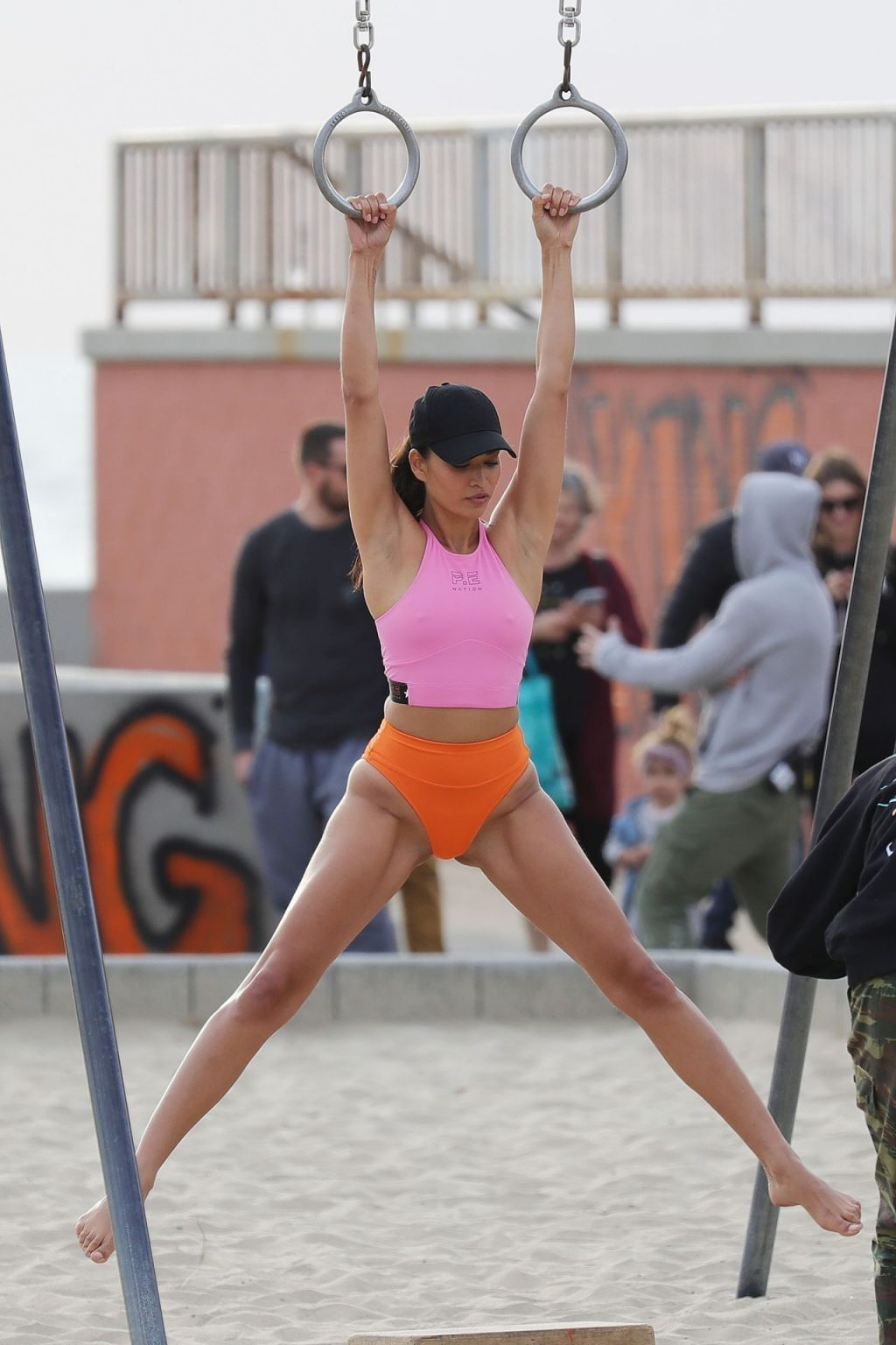 Shanina Shaik Sexy (37 Hot Photos)