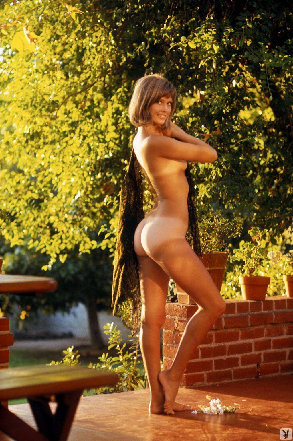 Sharon Clark  nackt