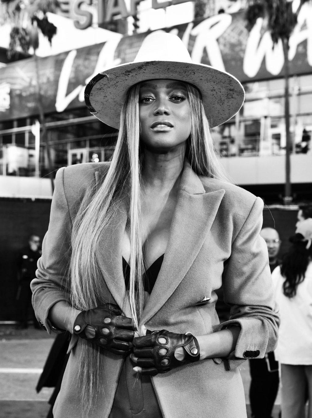 Tyra Banks Sexy (26 Photos)