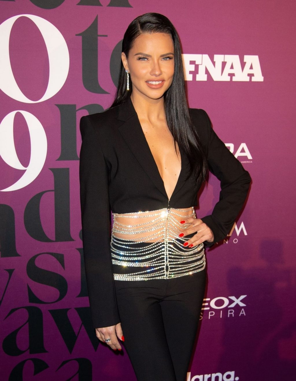 Adriana Lima Sexy (36 Photos)