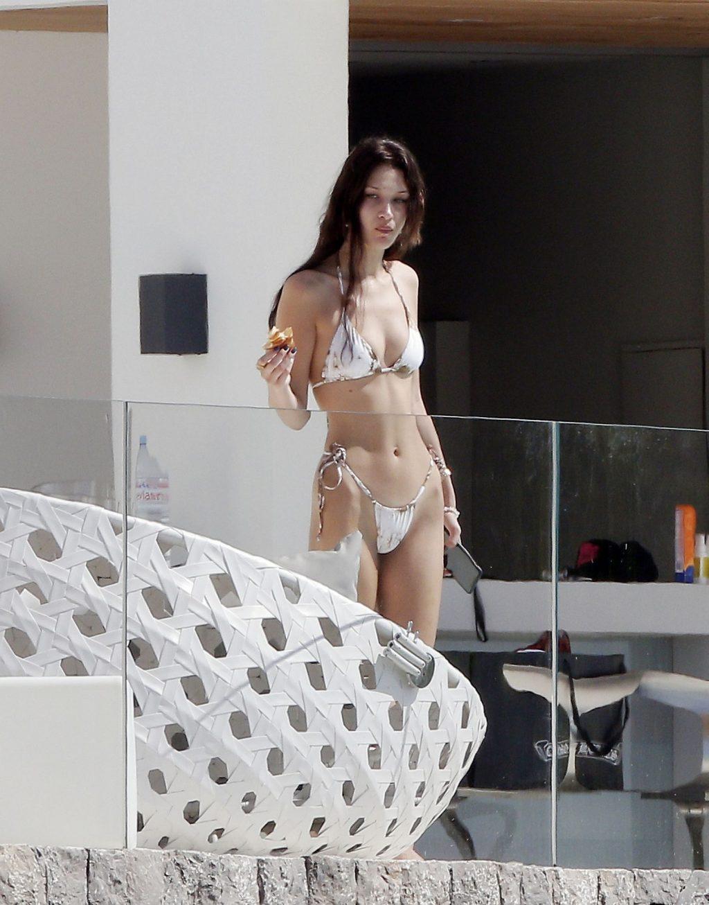 Bella Hadid Sexy (58 Photos)
