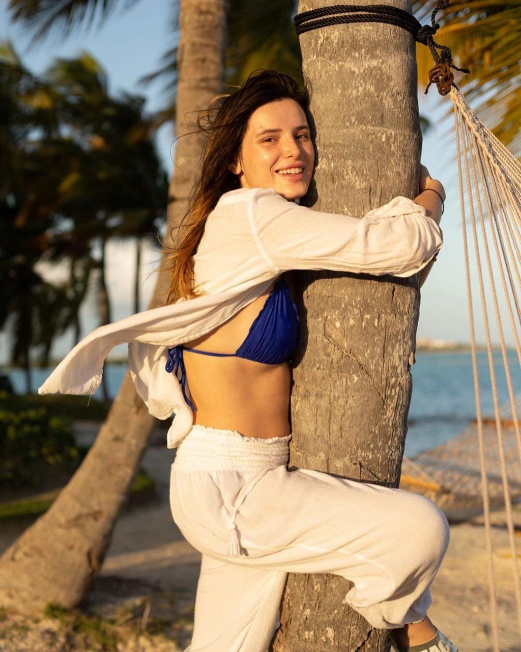 Bella Thorne Sexy (67 Photos + GIFs & Videos)