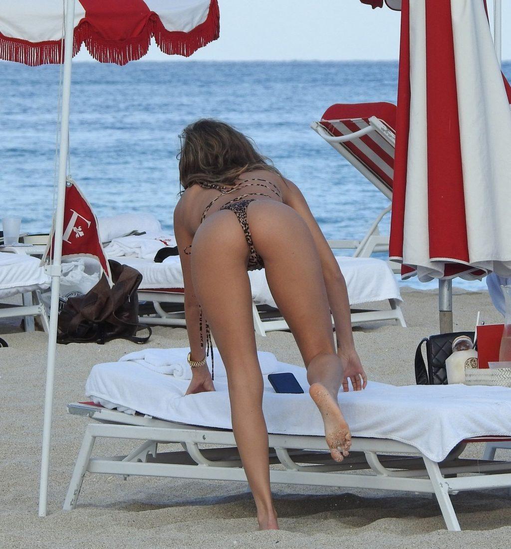 Chantel Jeffries Sexy (51 Photos)
