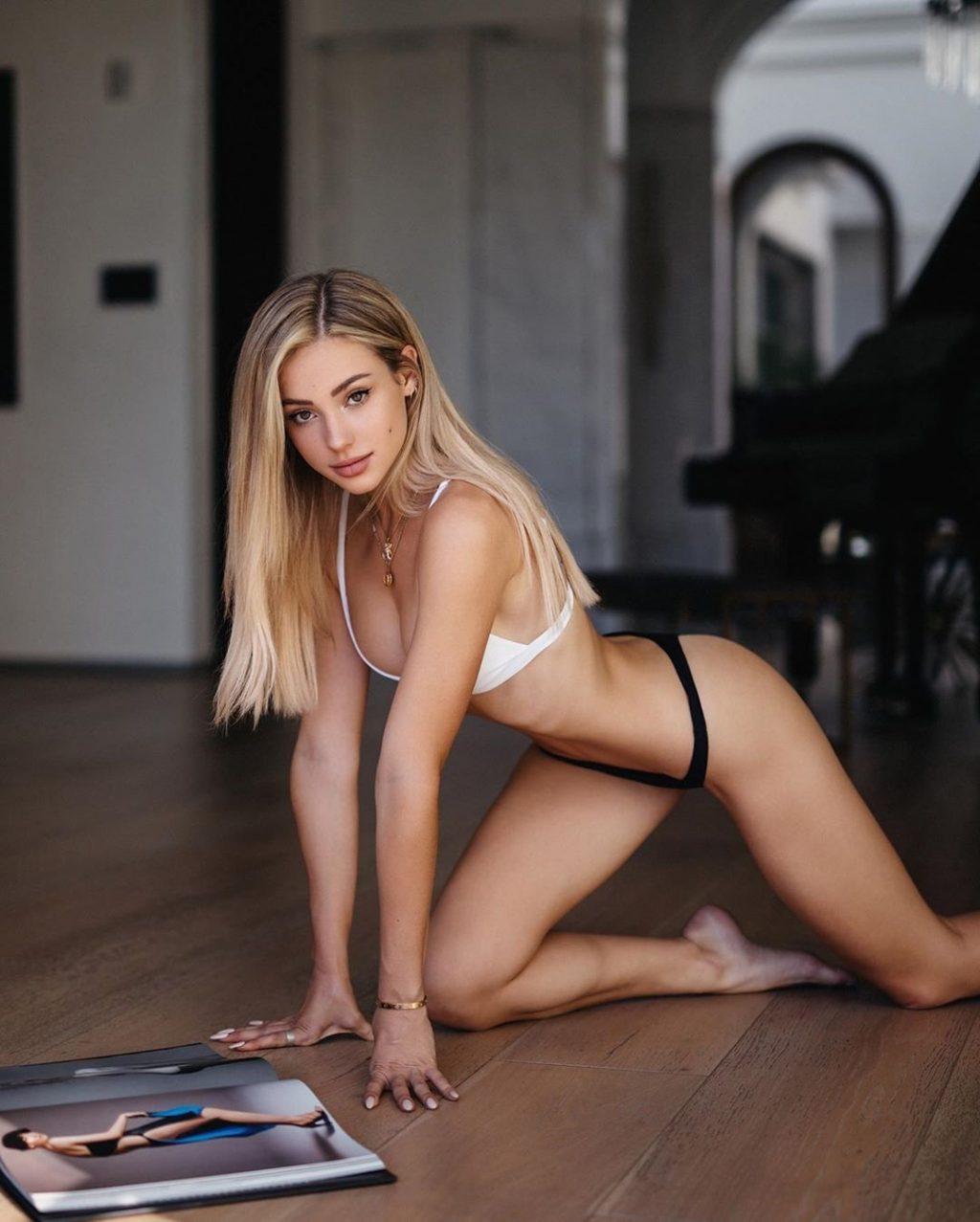 Charly Jordan Sexy & Topless (50 Photos)