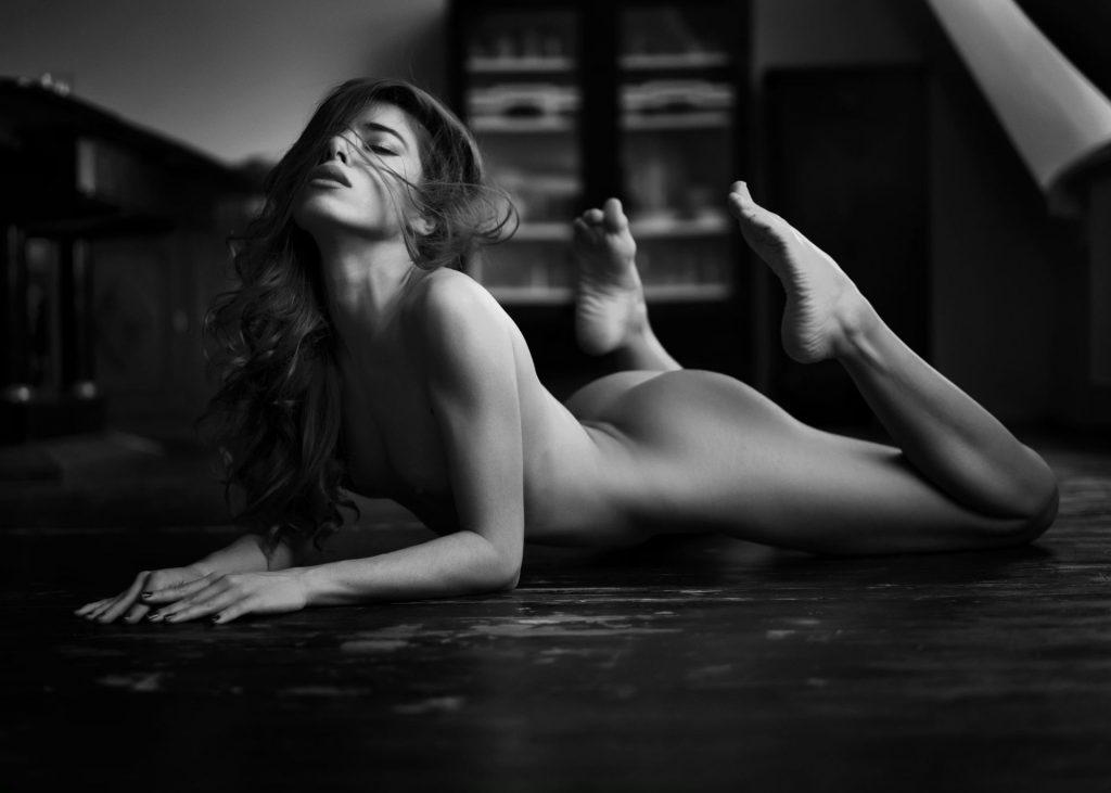 Chiara Bianchino Nude & Sexy (26 Photos)