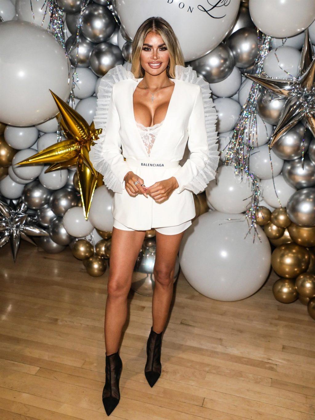 Chloe Sims Sexy (28 Photos + Video)