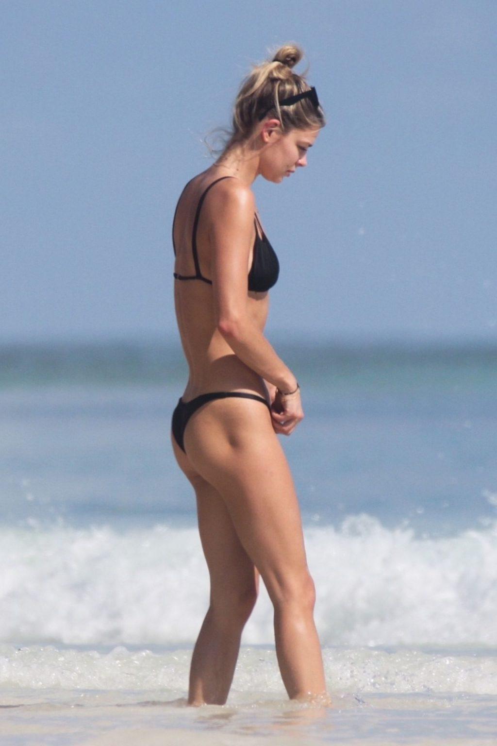 Danielle Knudson Sexy (46 Photos)