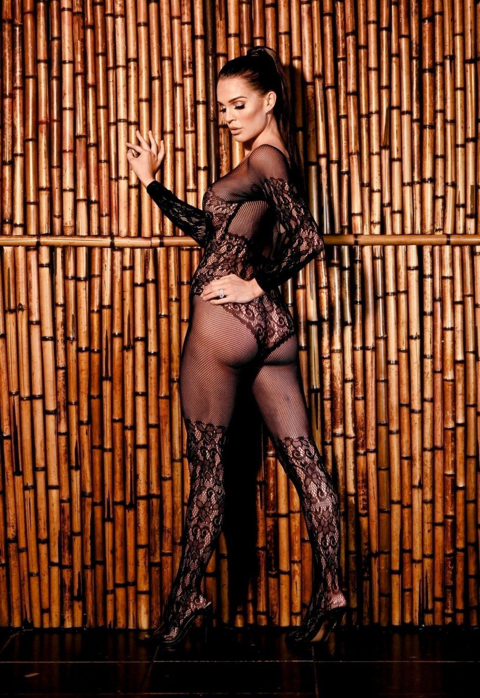 Danielle Lloyd See Through (20 Photos)