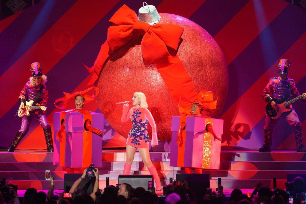 Katy Perry Sexy (20 Photos)