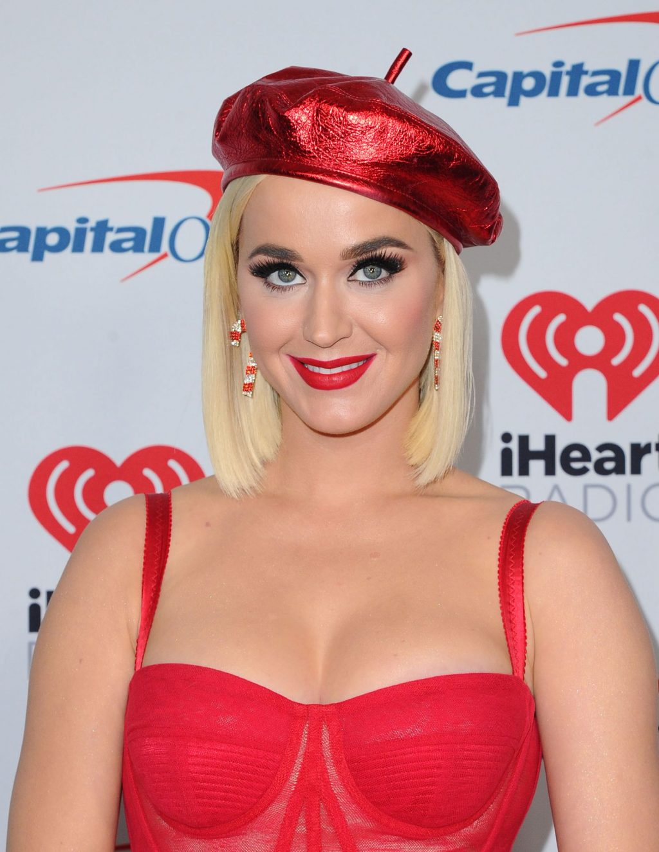 Katy Perry Sexy (125 Photos)