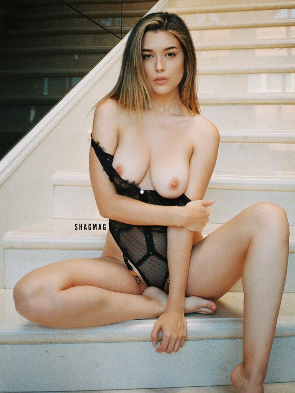 Lauren Summer Nude (7 New Photos)