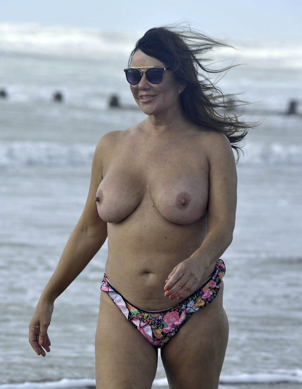 Nude lisa appleton Lisa Appleton