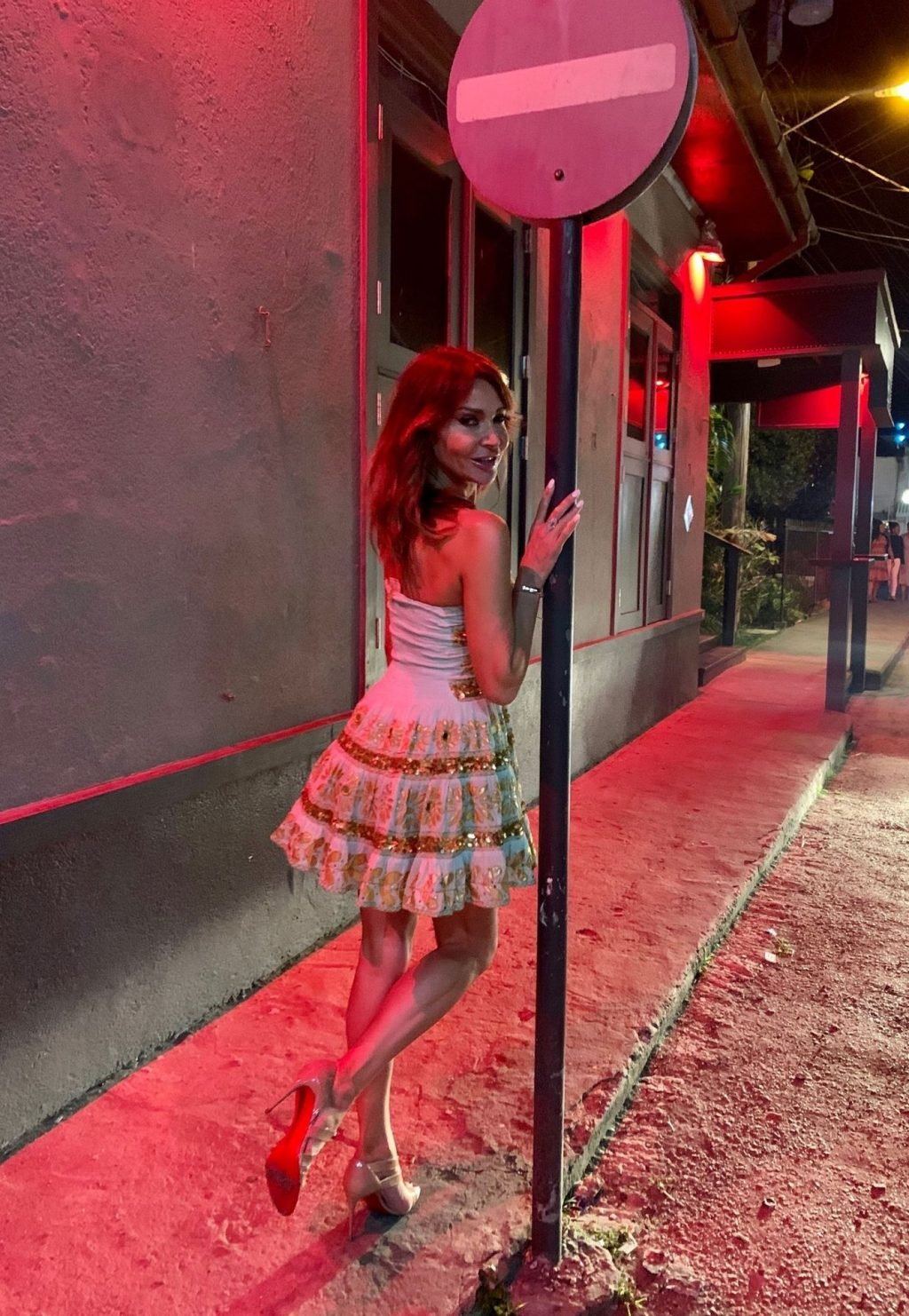 Lizzie Cundy Hot (40 Photos)