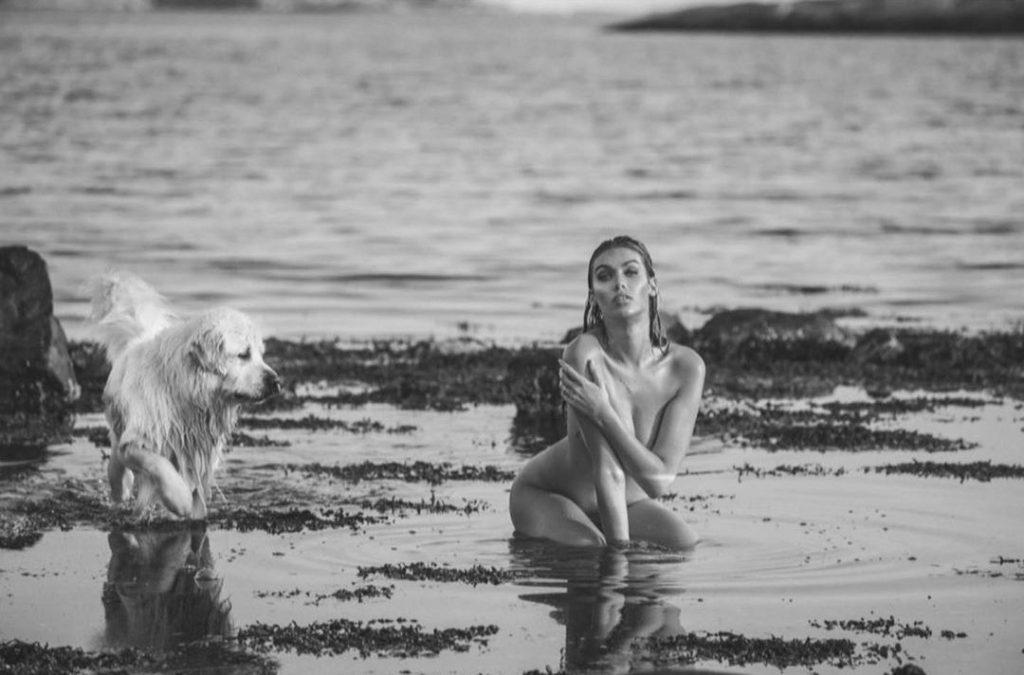 Melinda London Nude (15 Photos)