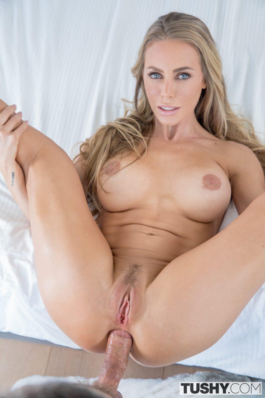 Nicole Aniston Nude (94 Photos)