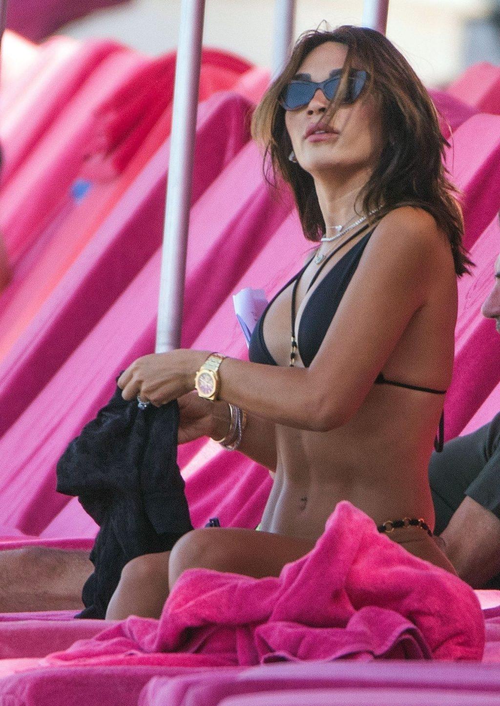 Nigora Bannatyne Sexy (56 Photos)