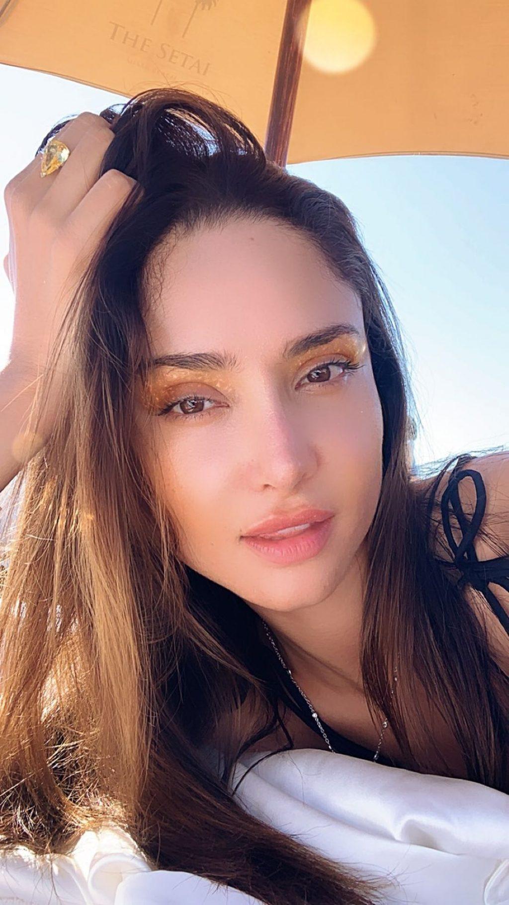 Patricia Contreras Sexy (25 Photos + Video)