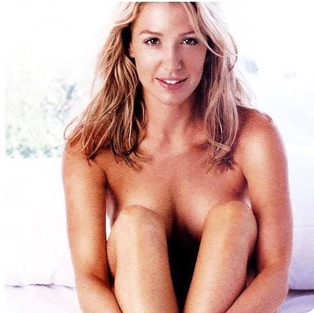 Poppy Montgomery Nude & Sexy (110 Photos + Video)