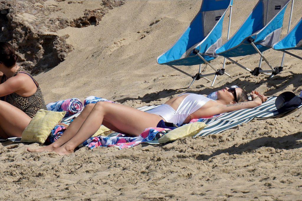 Rita Ora Sexy (60 Photos)