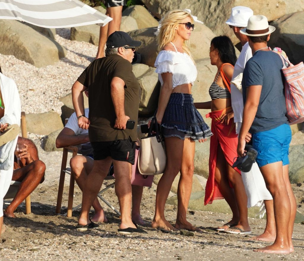 Victoria Silvstedt Sexy (33 Photos)