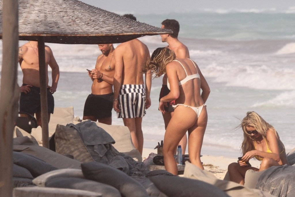 Sexy Amber Nichole Miller and Tito Ortiz Enjoy a Day in Tulum (32 Photos)