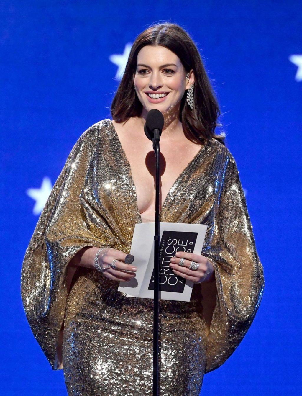 Anne Hathaway's Tits (75 Photos)