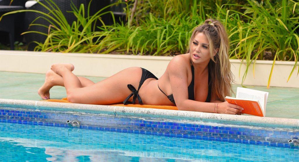 Bianca Gascoigne Sexy (15 Photos)