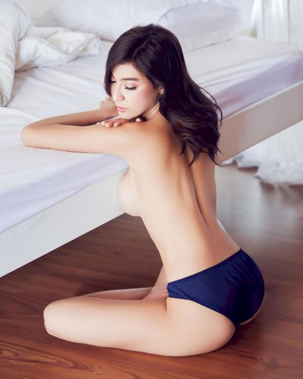 Bunny Franziie Nude & Sexy (36 Photos)
