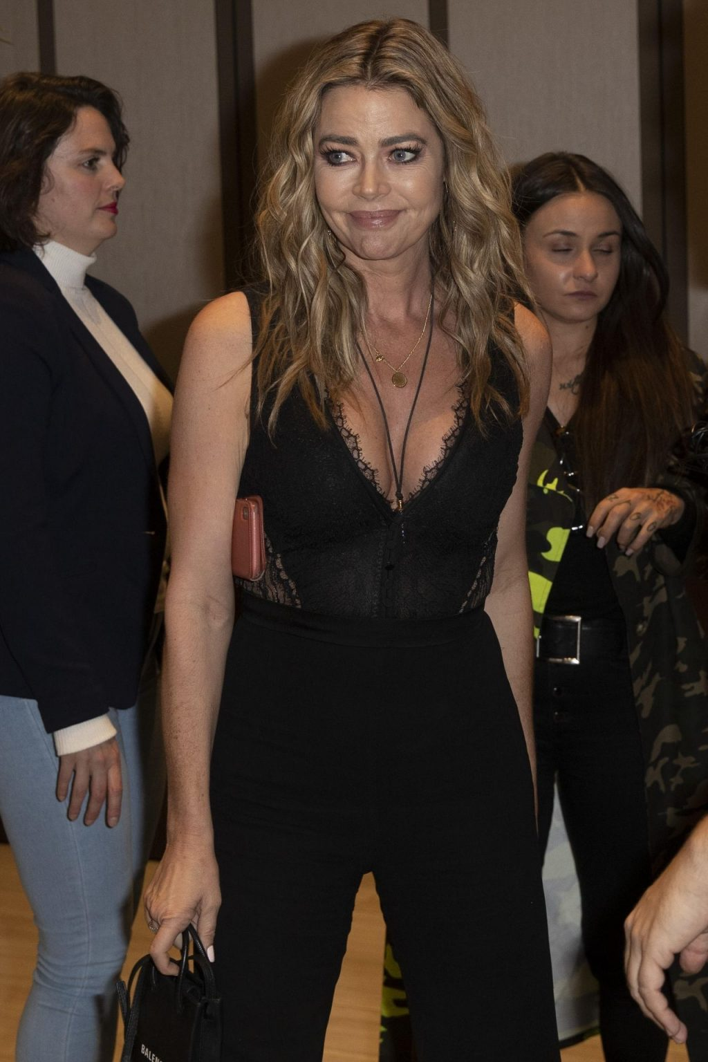 Denise Richards Sexy (18 Photos)