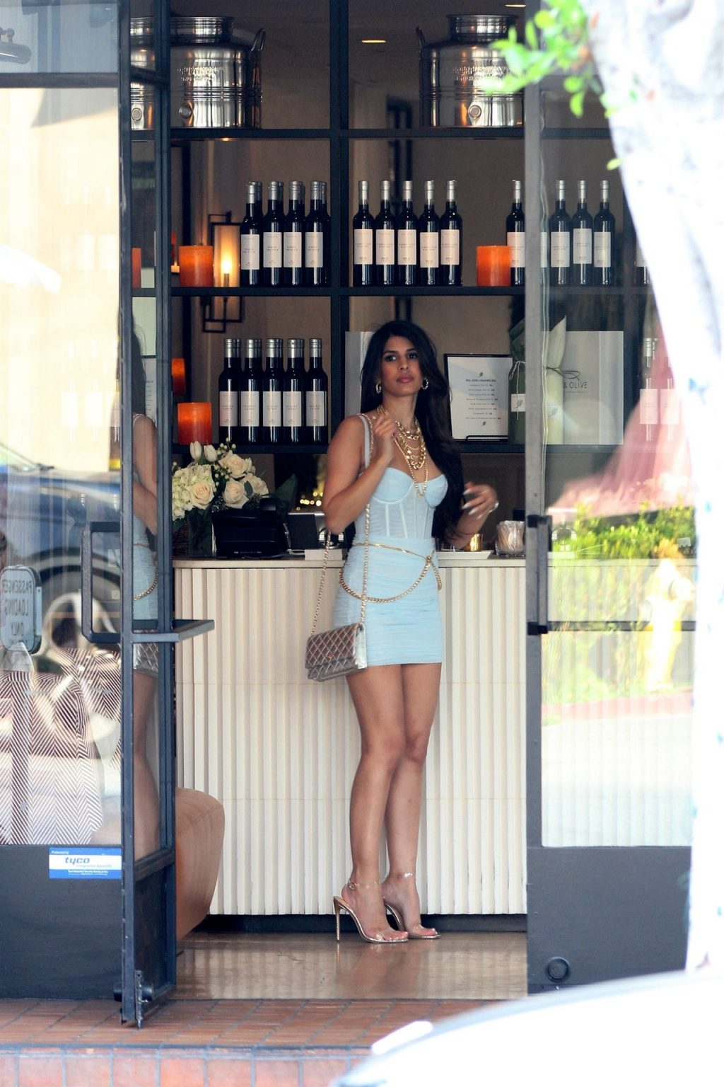 Jasmin Walia Got the Baby Blues for Lunch at Fig & Olive (37 Photos)