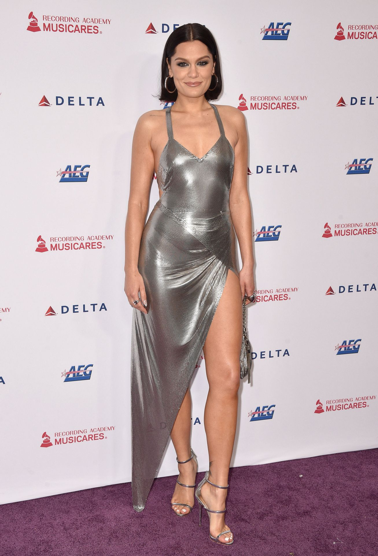 Jessie J Shows Off Her Sexy Legs at the MusiCares Person of the Year Gala (40 Photos) | # ...