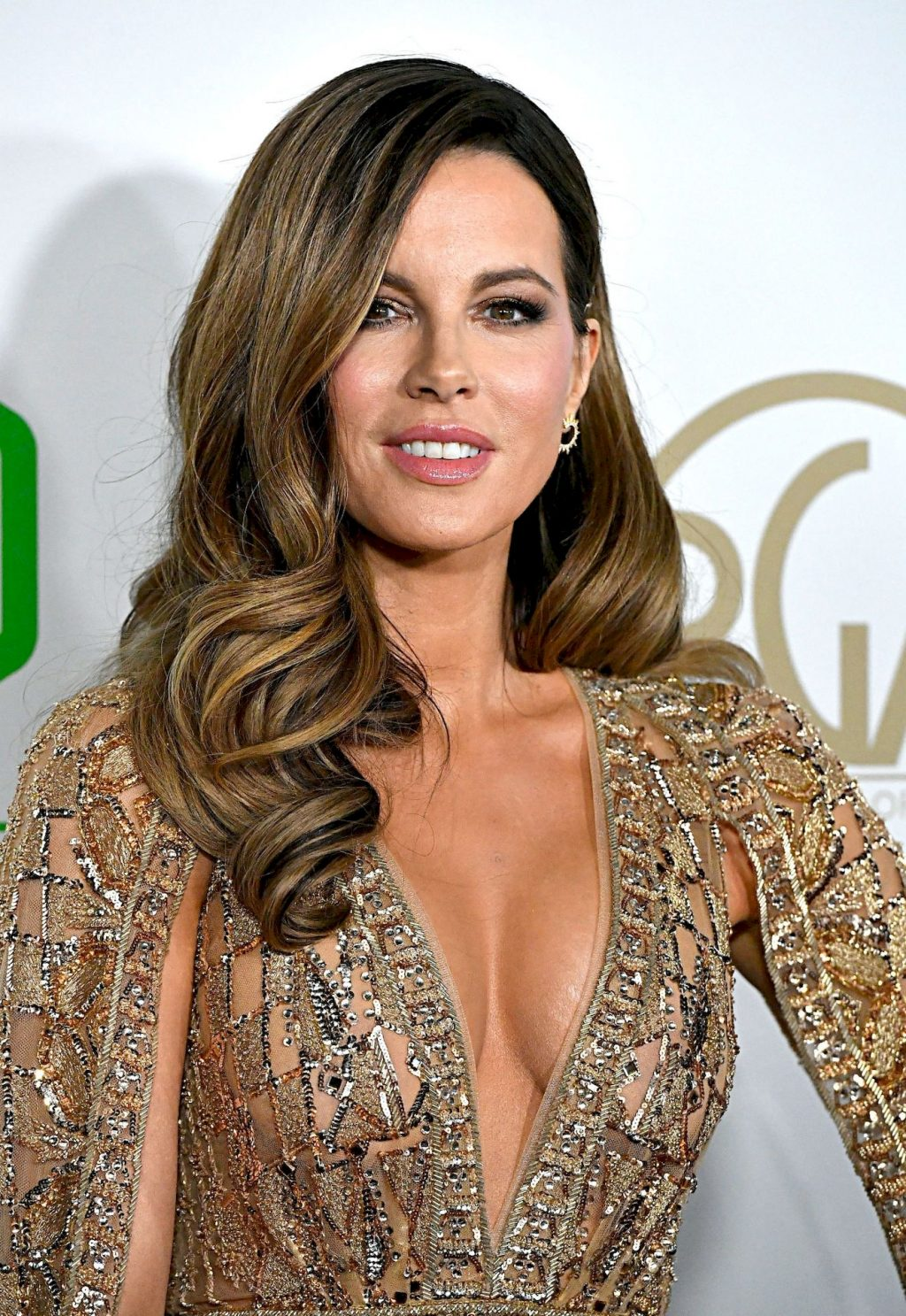 Kate Beckinsale Shows Her Cleavage at the 2020 Producers Guild Awards (40 Photos)