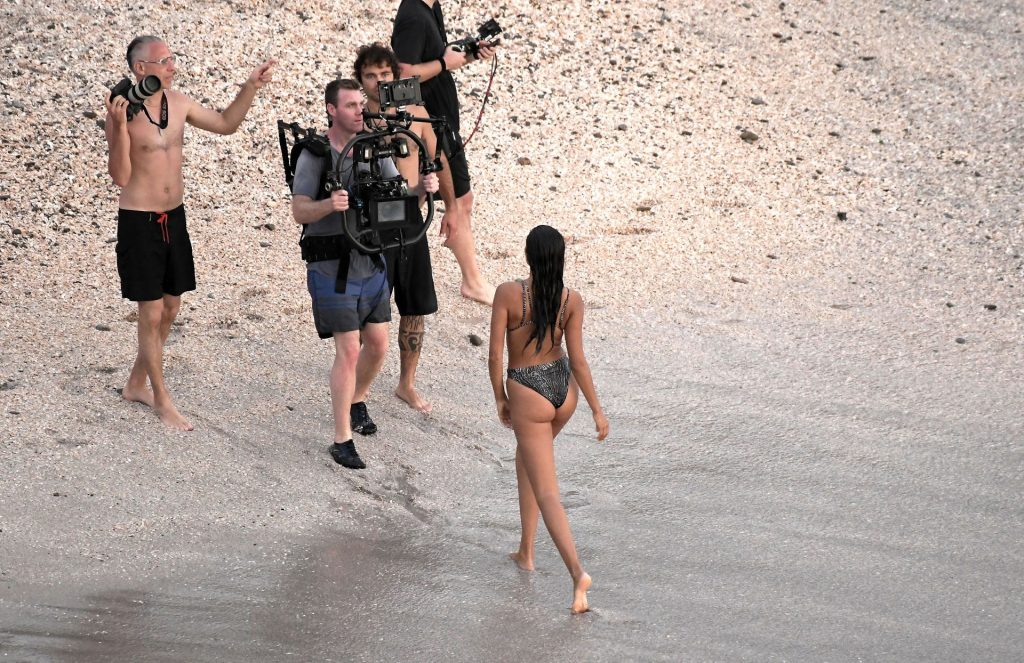 Kelly Gale Displays Her Sexy Body (49 Photos)