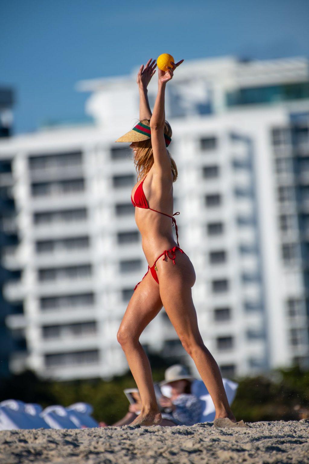 Kimberley Garner Sexy (55 Photos)