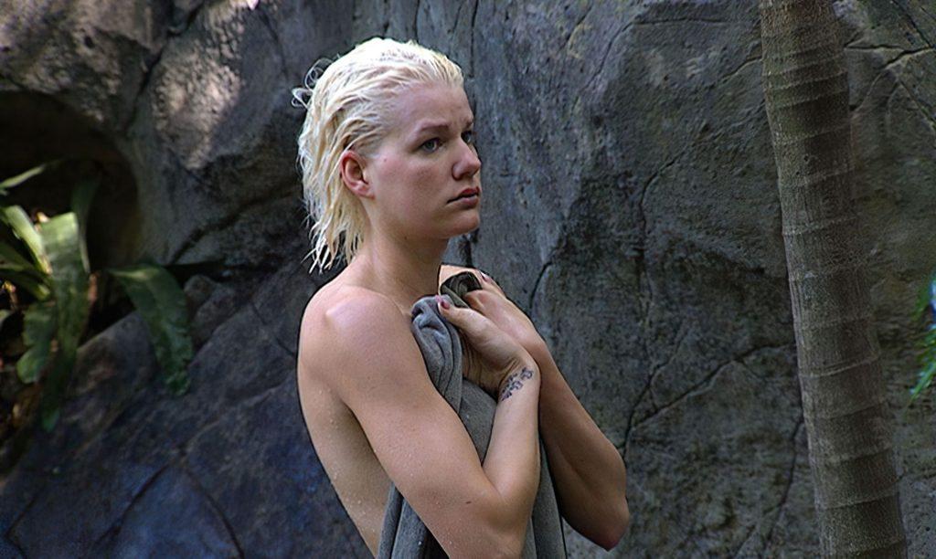 Melanie Mueller Nude (8 Photos)