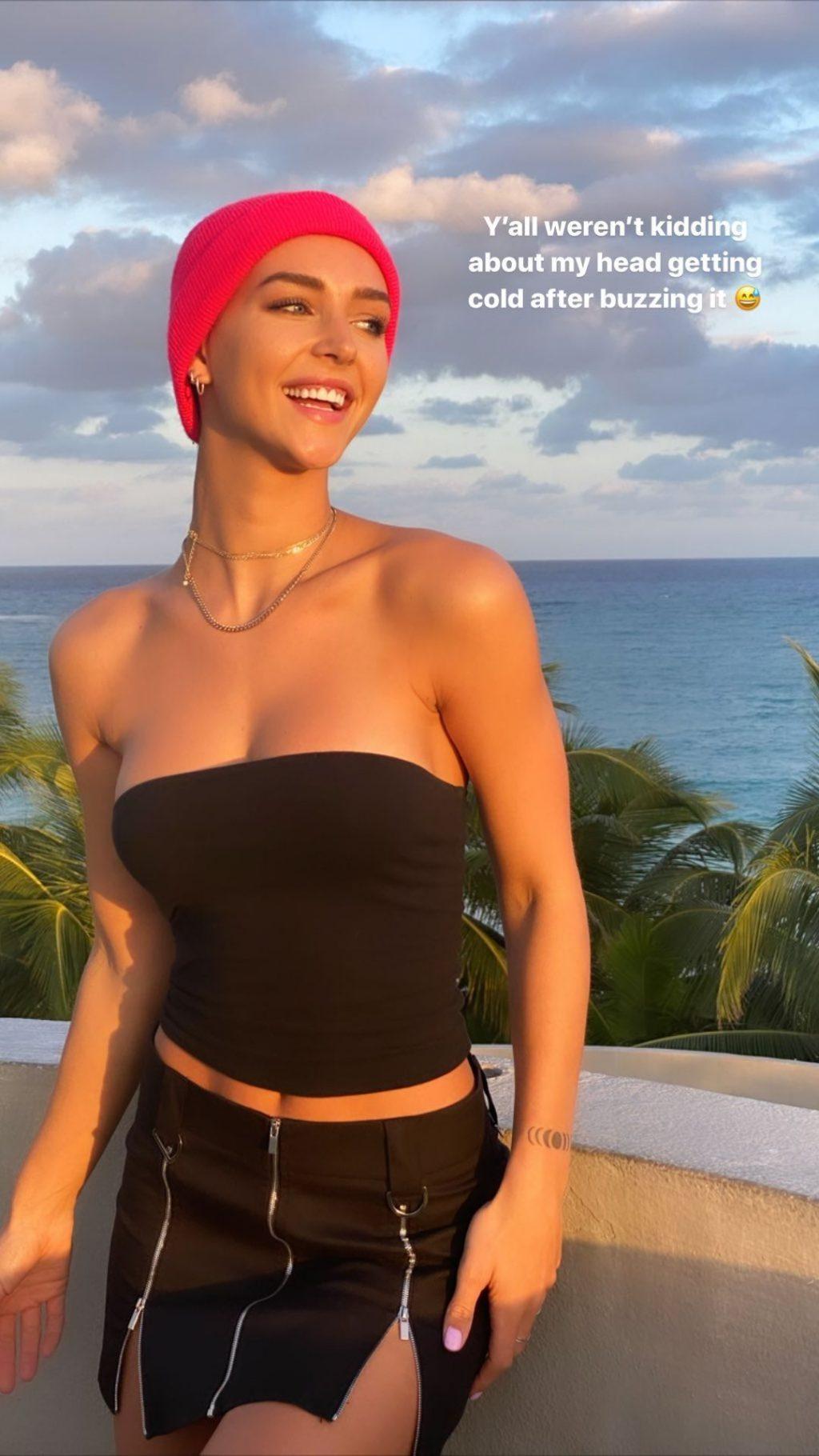 Rachel Cook Hot (20 Photos)