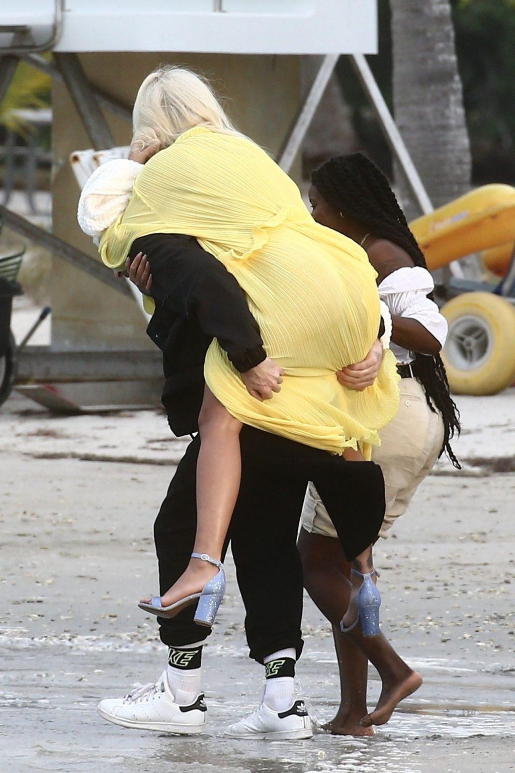 Rita Ora Upskirt (29 New Photos)
