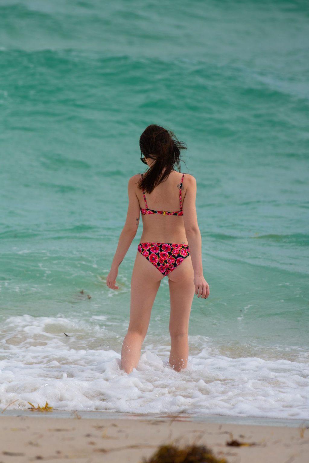 Urszula Makowska is Seen in Miami Beach (24 Sexy Photos)