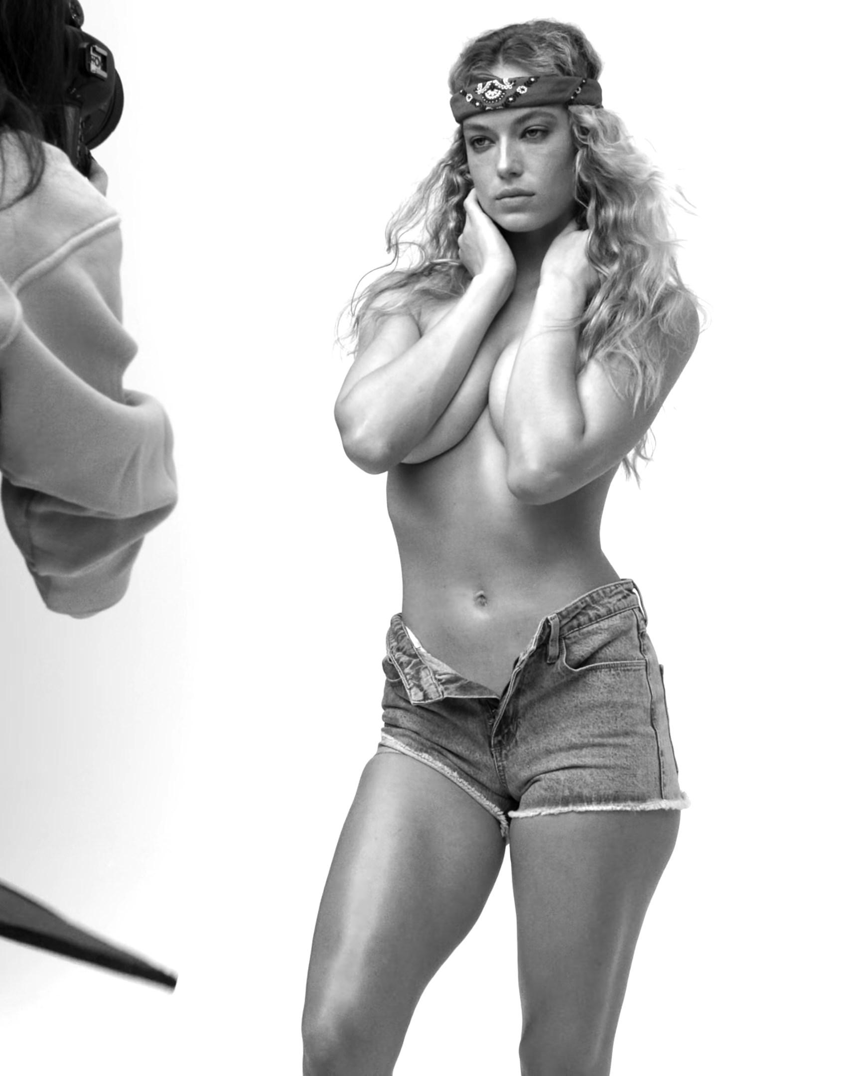 Casey batchelor nude pics