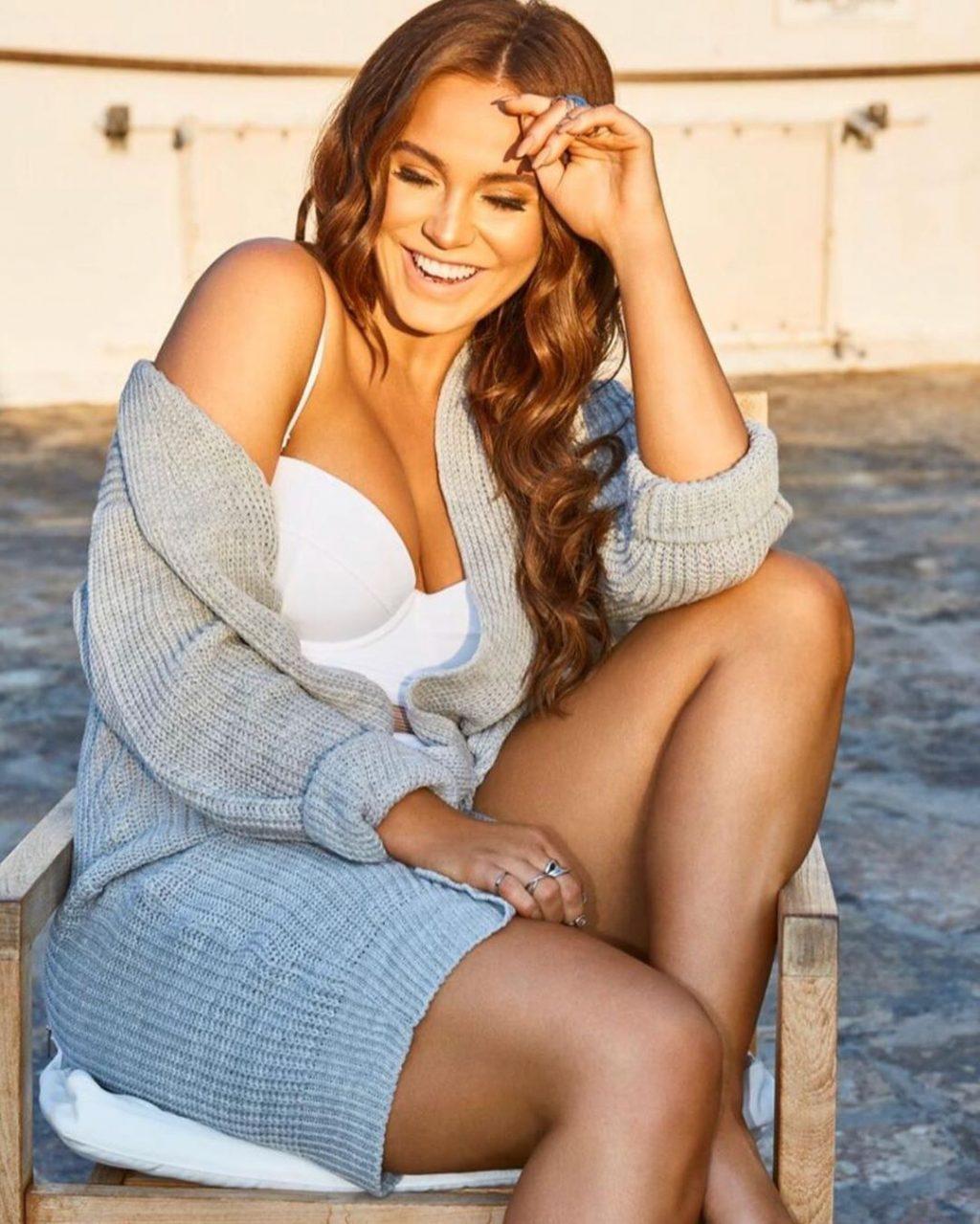 Vicky Pattison Nude & Sexy (13 Photos)