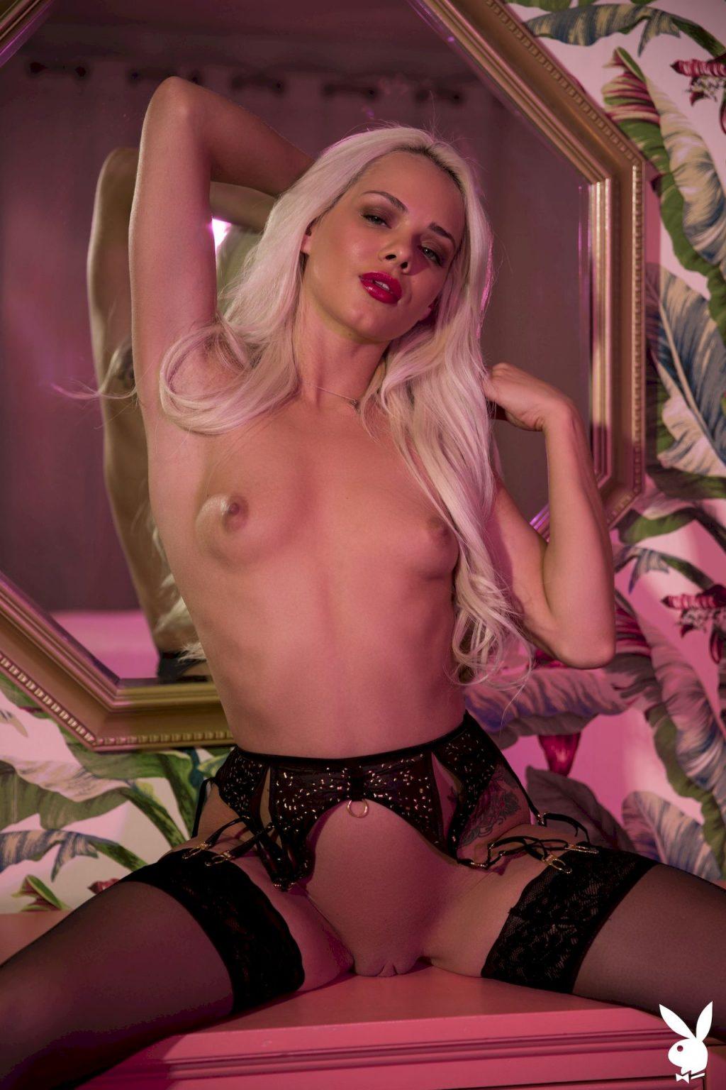 Elsa Jean Nude – Magic Moments (43 Photos + GIFs & Video)