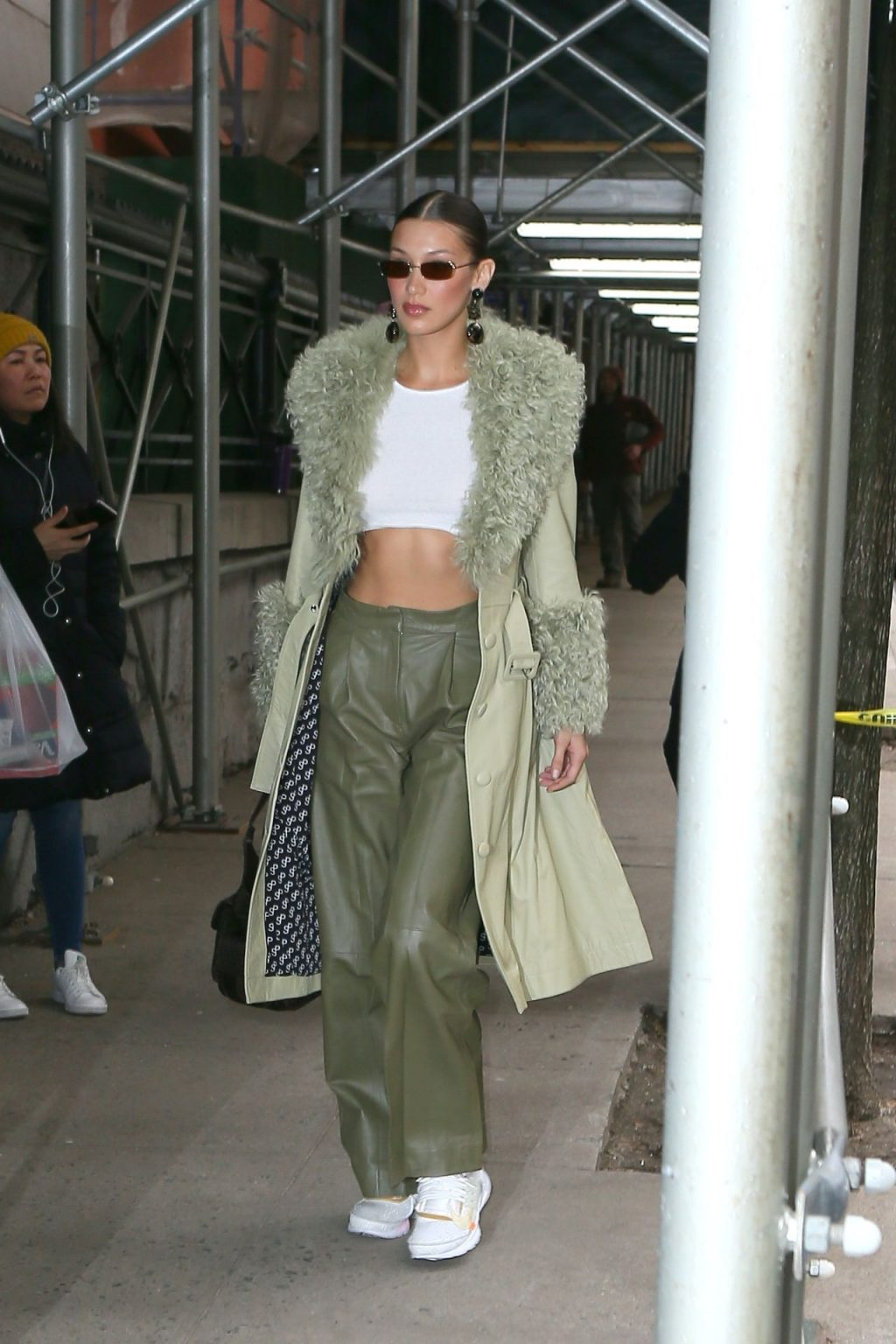 Bella Hadid See through The Fappening Blog 13 1024x1536 - Braless Bella Hadid Arrives at the Park Avenue Armory for the Marc Jacobs Fashion Show (59 Photos)