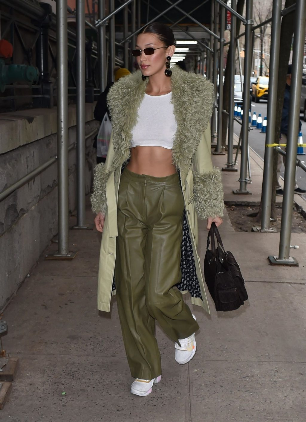 Bella Hadid See through The Fappening Blog 2 1 1024x1411 - Braless Bella Hadid Arrives at the Park Avenue Armory for the Marc Jacobs Fashion Show (59 Photos)