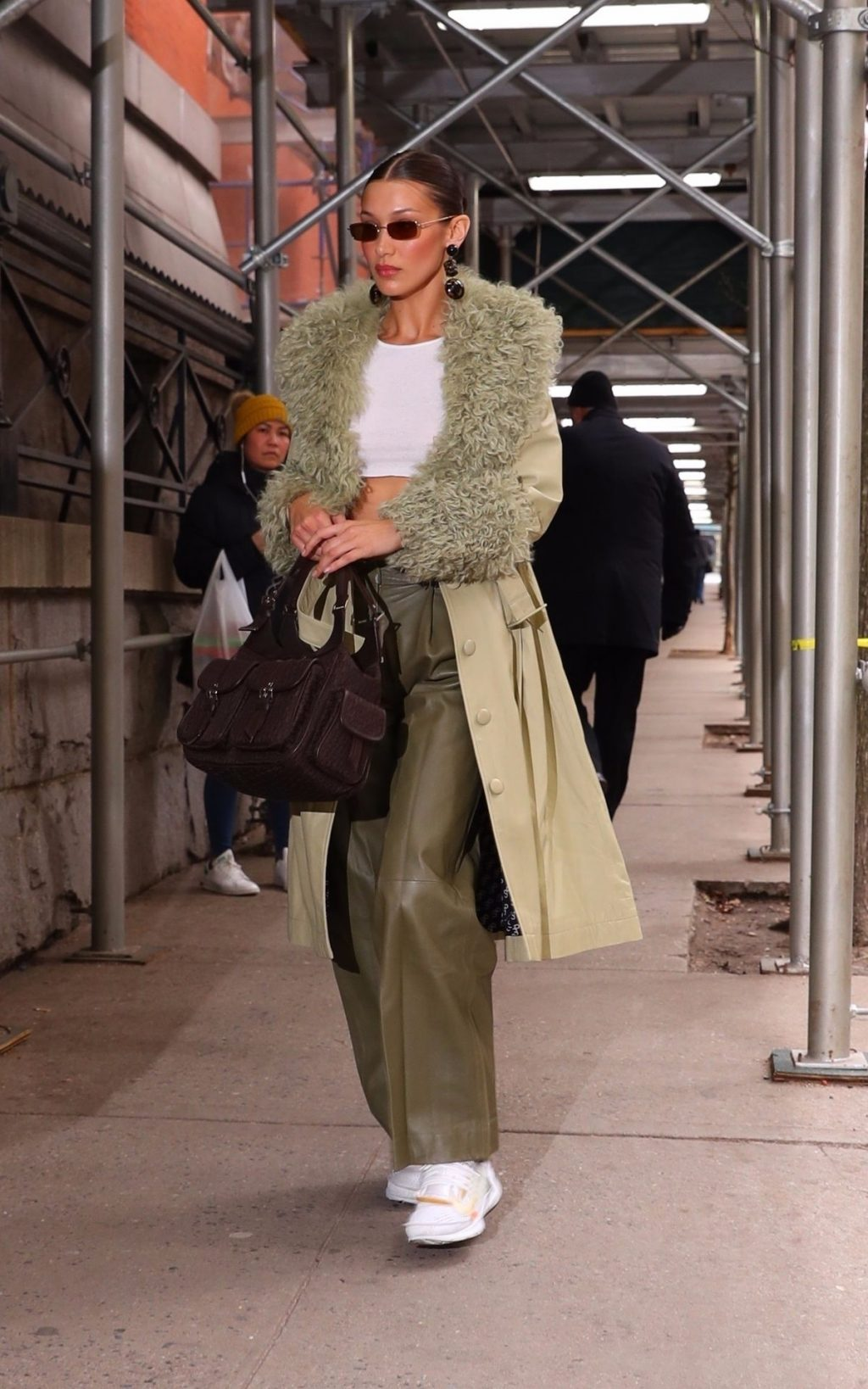 Bella Hadid See through The Fappening Blog 27 1024x1638 - Braless Bella Hadid Arrives at the Park Avenue Armory for the Marc Jacobs Fashion Show (59 Photos)